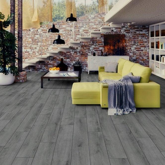 Millenium oak 7mm laminate flooring